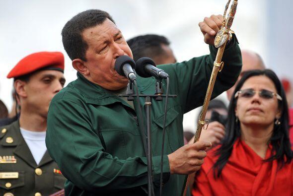 El presidente venezonalo también adelantó que trabaja en una ley especia...