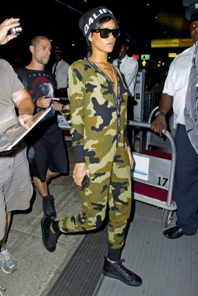 """Esta es la versión de Rihanna como """"soldadito de plomo""""..."""