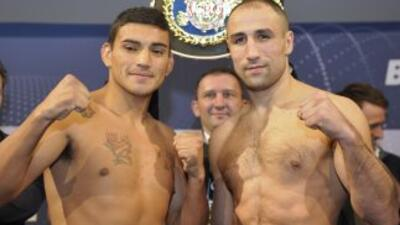 Natalio FArías y Arthur Abraham en el pesaje.