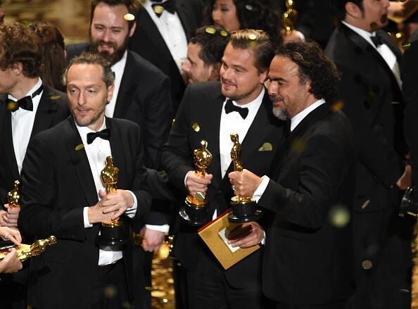 En 2016, Lubezki se sumó a Leonardo Dicaprio (Mejor actor) y Alejandro G...