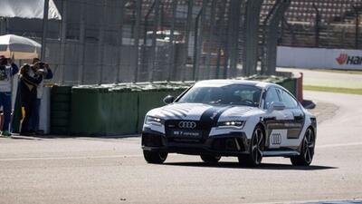 Audi mostró sus avances en conducción autónoma con el RS7 Piloted Drivin...