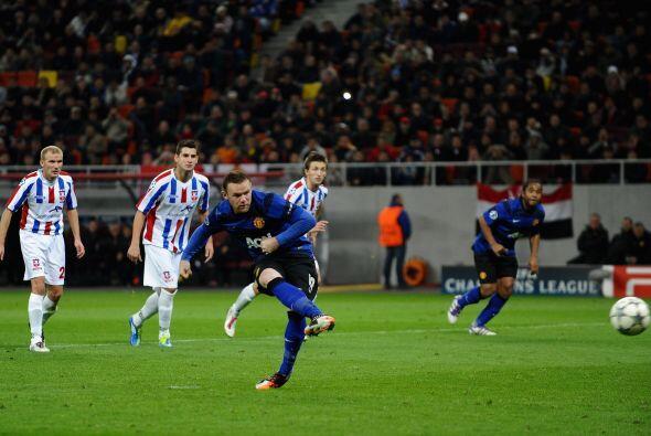 Justamente en el arranque del segundo tiempo, Rooney marcó el 1 a...