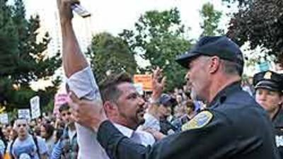 Defensores de los derechos de los homosexuales se lanzaron a las calles...