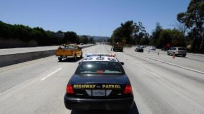 Agentes de Caminos de California compartían fotos de desnudos de los cel...