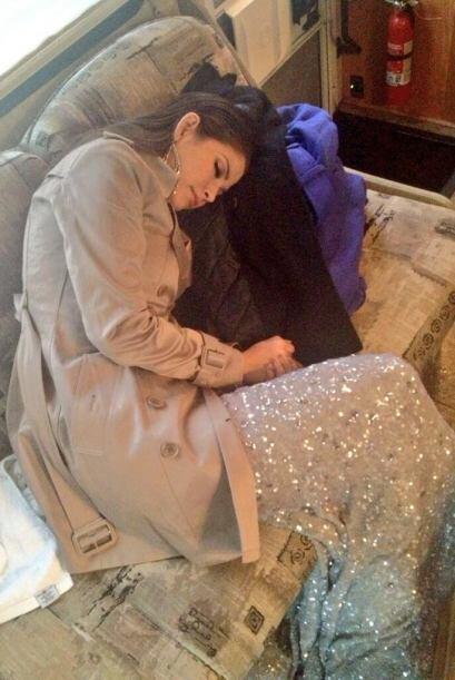Ana Patricia sorprendida en plena siesta. Se nota que estuvo buena la fi...