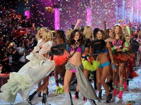 El desfile de Victoria's Secret es uno de los 'shows' más esperad...
