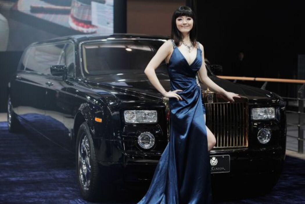 Pero si de glamour se trata no hay mejor representante que Rolls-Royce,...