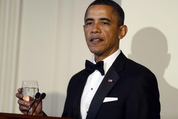 Uno de los logros personales de Obama fue recibir el Premio Nobel de la...