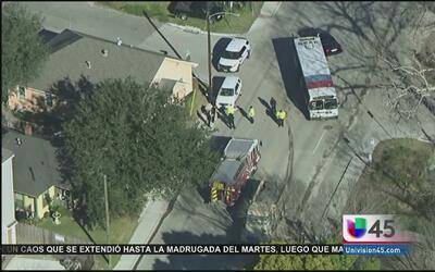 10 heridos tras choque entre autobús y camión de basura