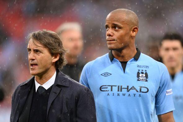 Mancini aseguró que seguirá en el Manchester City a pesar...