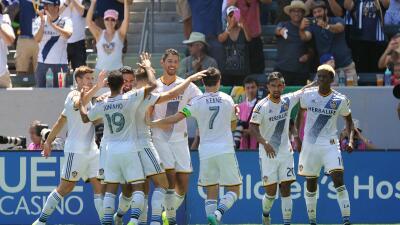 LA Galaxy celebra goleada sobre NYCFC