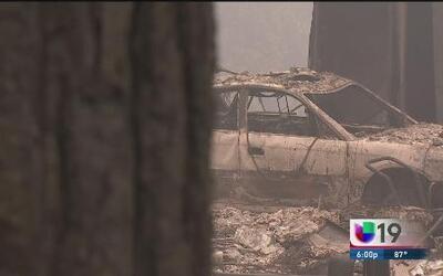 Incendio arrasa con casas del condado El Dorado
