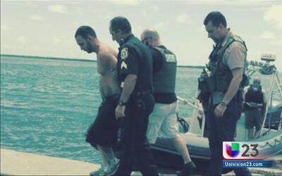 Arrestan en los Cayos a sospechoso de apuñalar a mujeres
