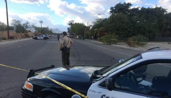 Policía de Coachella controla el acceso a la mezquita atacada
