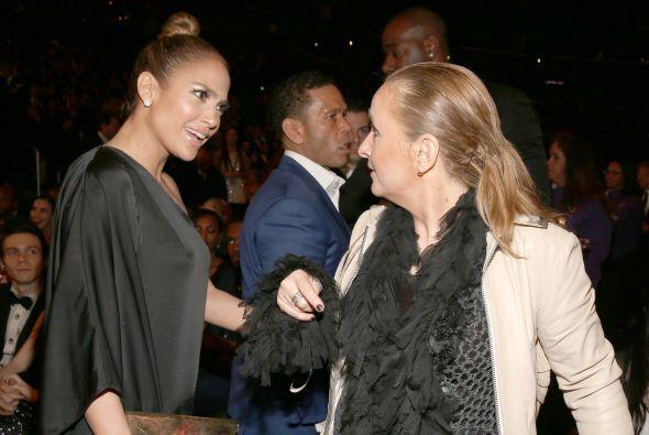 Jennifer Lopez también aprovechó para hacer relaciones públicas con músi...