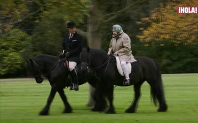 La Reina Isabel adora a sus caballos