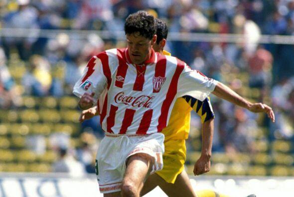 Ricardo Peláez surgió del América, aunque su mejor fútbol lo jugó con el...