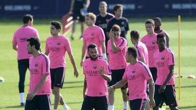 Alves, pese a la incertidumbre sobre su futuro, sigue entrenando con el...