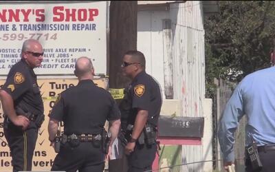 Un hombre recibió impactos de bala a manos de un policía en San Antonio