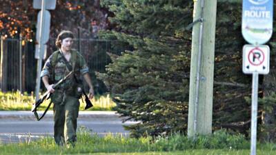 Arrestan a asesino de tres policías en Canadá