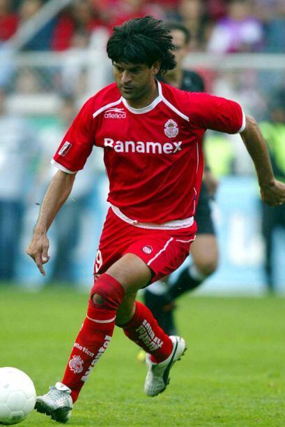 Cardozo participó como jugador entre 1995 y 2005, años en...