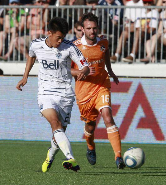 Sufrió hasta casi el final, pero Vancouver se las arregló para vencer 1-...