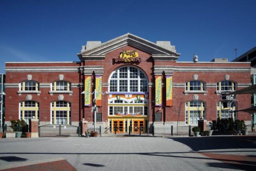 PORT DISCOVERY, BALTIMORE - Esta instalación de 80,000 pies cuadrados cu...