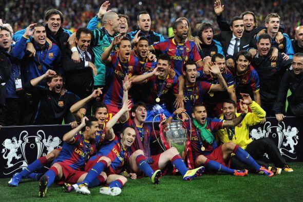 La foto oficial que quedará en la historia. Barcelona Campe&oacut...