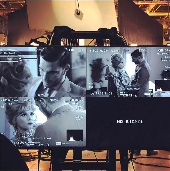 Julián Gil en la serie de Silvia Pinal.