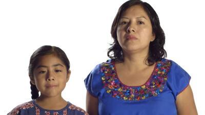 Sophie Cruz y su madre