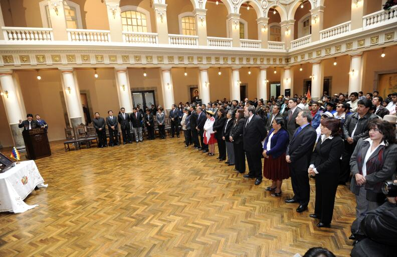 El primer gabinete de Morales fue igualitario. Después la igualdad se ro...