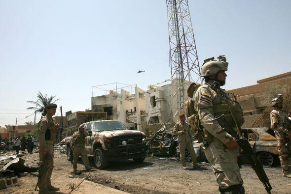 Estados Unidos invadió Irak en marzo de 2003, derrocó el r...
