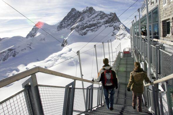Suiza: El paraíso bancario tiene 61 multimillonarios que concentran 128...