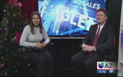 Charla con el alcalde: reconocen a poeta de Phoenix