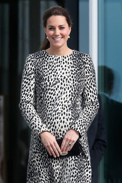 Mira más imágenes de la visita de Kate al poblado de Margate.