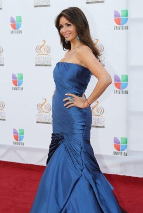 Giselle lució espectacular en ese vestido azul en la entrega de 2012.