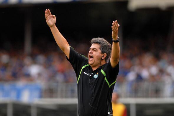 El siempre candidato Brasil tiene a Ney Franco como técnico. Su plantél...