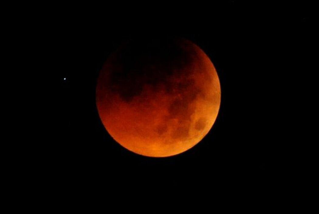 El público tendrá la oportunidad de ver y aprender más sobre el eclipse...