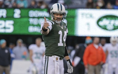 Fitzpatrick lanzó para cuatro pases de touchdown para que los New York J...