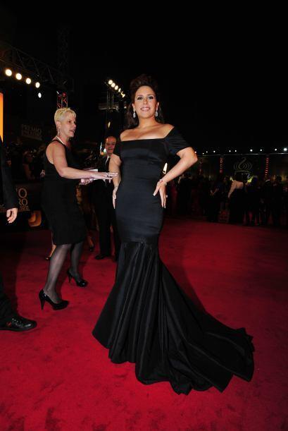 18. Angélica Vale se halló perfectamente en Premio 2011 con este elegant...