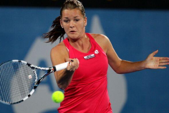 La polaca Agnieska Radwanska eliminó a la número uno del mundo, Caroline...