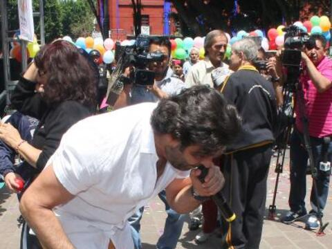 Pablo Montero compartió con su hija Carito en la Plaza de Coyoac&...