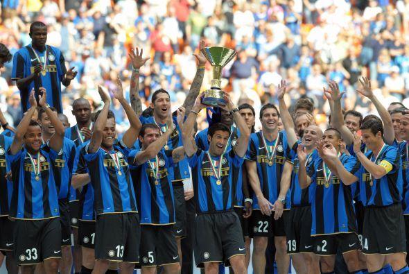 En Italia, Juventus (3), Inter de Milan (5) y Milan (2) se han turnado e...