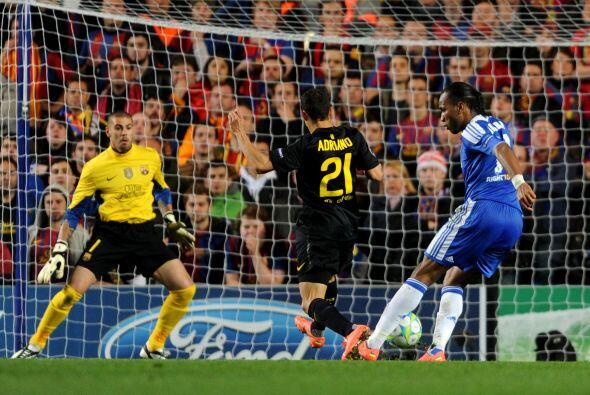 En un contragolpe perfecto, el balón fue servido a la llegada de Didier...