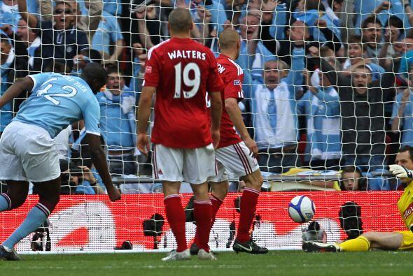 El marfileño y su club jugaron la final de la FA Cup ante el Stoke City.