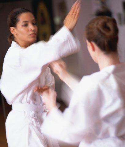 KARATE. Esta arte marcial puede convertirse en una clase extracurricular...