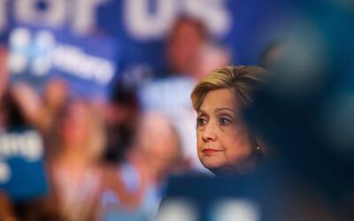 Clinton llegará a las primarias del 7 de junio tras un varios malos resu...
