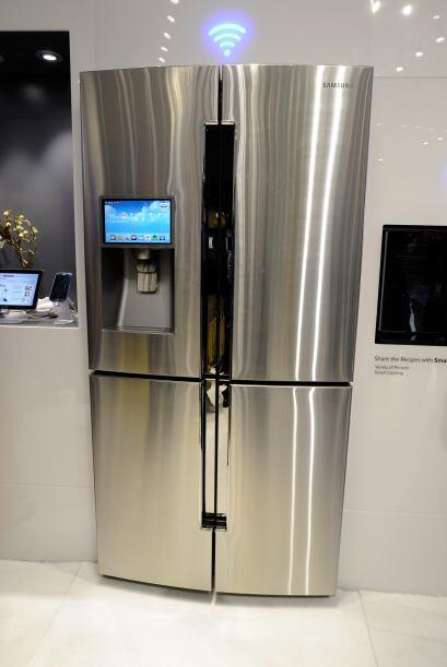Además presentó el refrigerador modelo T9000 que cuenta con cuatro puert...