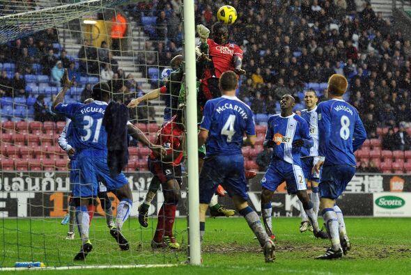 Wigan enfrentó al Blackburn Rovers. Los dos salieron en busca del result...