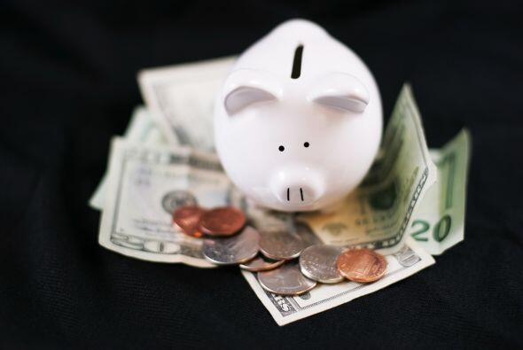 """""""Cada dólar ahorrado es un dólar menos que tendrás que pedir prestado"""",..."""